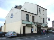 The_Strawberry_Pub,_Strawberry_Place,_Newcastle_upon_Tyne_-_geograph.org.uk_-_256206